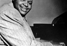 Legendary musician Oscar Peterson is considered to be the greatest jazz pianist of all time.